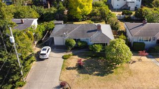 Photo 27: 1665 Sheridan Ave in : SE Mt Tolmie House for sale (Saanich East)  : MLS®# 854775