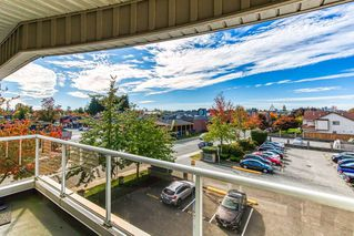 """Photo 17: 305 13771 72A Avenue in Surrey: East Newton Condo for sale in """"Newtown Plaza"""" : MLS®# R2409474"""
