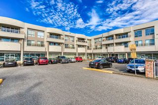 """Photo 20: 305 13771 72A Avenue in Surrey: East Newton Condo for sale in """"Newtown Plaza"""" : MLS®# R2409474"""