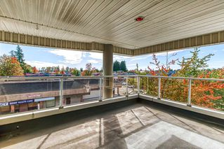 """Photo 16: 305 13771 72A Avenue in Surrey: East Newton Condo for sale in """"Newtown Plaza"""" : MLS®# R2409474"""