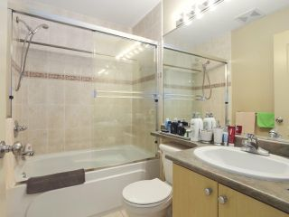 Photo 13: 13 7700 ABERCROMBIE Drive in Richmond: Brighouse South Townhouse for sale : MLS®# R2418448
