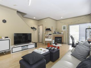Photo 3: 13 7700 ABERCROMBIE Drive in Richmond: Brighouse South Townhouse for sale : MLS®# R2418448