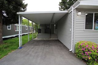 "Photo 2: 15 7790 KING GEORGE Boulevard in Surrey: East Newton Manufactured Home for sale in ""CRISPEN BAYS"" : MLS®# R2426382"