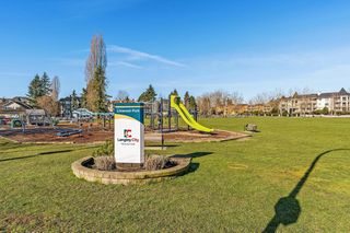 "Photo 13: 407 20237 54 Avenue in Langley: Langley City Condo for sale in ""THE AVANTE"" : MLS®# R2439394"