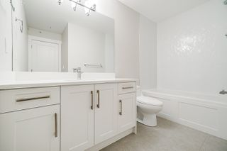 """Photo 3: 11 21102 76 Avenue in Langley: Willoughby Heights Townhouse for sale in """"Alara"""" : MLS®# R2446978"""
