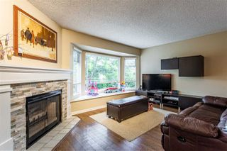 """Main Photo: 37 1195 FALCON Drive in Coquitlam: Eagle Ridge CQ Townhouse for sale in """"The Courtyards"""" : MLS®# R2458738"""