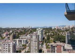"Photo 7: 3209 898 CARNARVON Street in New Westminster: Downtown NW Condo for sale in ""Plaza 88 Azure 1"" : MLS®# R2481548"
