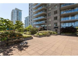 "Photo 19: 3209 898 CARNARVON Street in New Westminster: Downtown NW Condo for sale in ""Plaza 88 Azure 1"" : MLS®# R2481548"