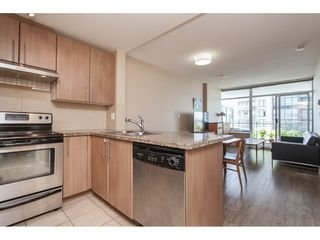 "Photo 14: 3209 898 CARNARVON Street in New Westminster: Downtown NW Condo for sale in ""Plaza 88 Azure 1"" : MLS®# R2481548"