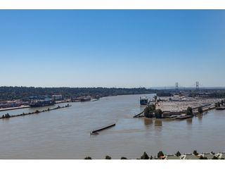 "Photo 31: 3209 898 CARNARVON Street in New Westminster: Downtown NW Condo for sale in ""Plaza 88 Azure 1"" : MLS®# R2481548"
