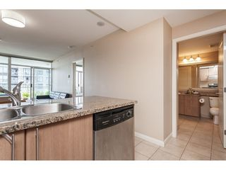 "Photo 13: 3209 898 CARNARVON Street in New Westminster: Downtown NW Condo for sale in ""Plaza 88 Azure 1"" : MLS®# R2481548"