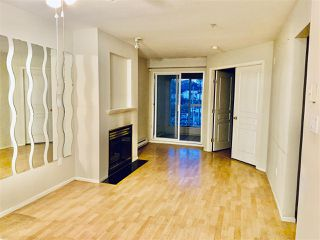 "Photo 2: 316 760 KINGSWAY in Vancouver: Fraser VE Condo for sale in ""KINGSGATE MANOR"" (Vancouver East)  : MLS®# R2483396"
