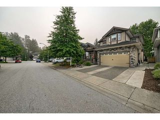 Photo 2: 21654 93 Avenue in Langley: Walnut Grove House for sale : MLS®# R2498197