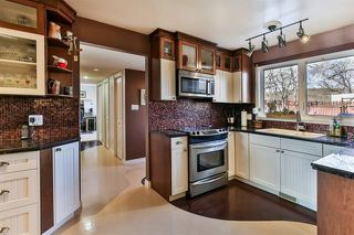 Photo 7: 1303 NORFOLK Drive NW in Calgary: North Haven Upper Detached for sale : MLS®# A1037849
