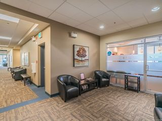Photo 3: 301 1621 DUFFERIN Cres in : Na Central Nanaimo Office for sale (Nanaimo)  : MLS®# 862912