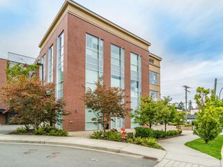Photo 29: 301 1621 DUFFERIN Cres in : Na Central Nanaimo Office for sale (Nanaimo)  : MLS®# 862912