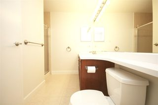 Photo 11: 311 6198 ASH STREET in Vancouver West: Home for sale : MLS®# R2111761