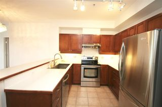 Photo 6: 311 6198 ASH STREET in Vancouver West: Home for sale : MLS®# R2111761