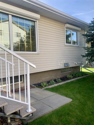 Photo 17: 903 YOUVILLE Drive W in Edmonton: Zone 29 House Half Duplex for sale : MLS®# E4174127