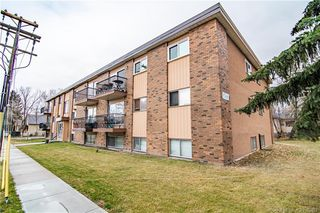 Main Photo: 103 4714a 55 Street in Red Deer: RR Waskasoo Residential Condo for sale : MLS®# CA0182859