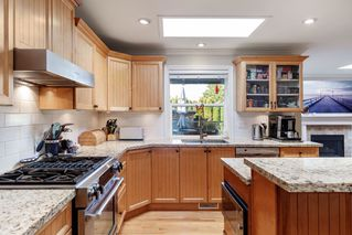 Photo 9: 1541 BREARLEY Street: White Rock House for sale (South Surrey White Rock)  : MLS®# R2416709