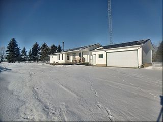 Photo 1: 28157 Twp Rd 485: Rural Leduc County House for sale : MLS®# E4186491