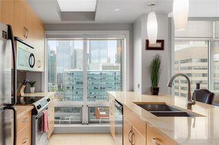 Photo 8: 1104 530 12 Avenue SW in Calgary: Beltline Apartment for sale : MLS®# C4300455