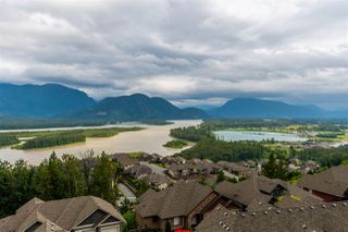 "Main Photo: 14 43540 ALAMEDA Drive in Chilliwack: Chilliwack Mountain Townhouse for sale in ""RETRIEVER RIDGE"" : MLS®# R2471192"