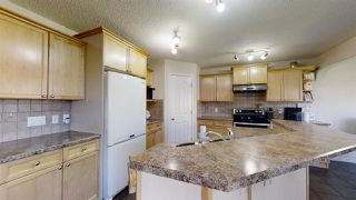 Photo 9: 5814 165 Avenue in Edmonton: Zone 03 House for sale : MLS®# E4207920