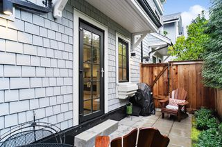 "Photo 20: 21 1133 RIDGEWOOD Drive in North Vancouver: Edgemont Townhouse for sale in ""Edgemont Walk"" : MLS®# R2485146"