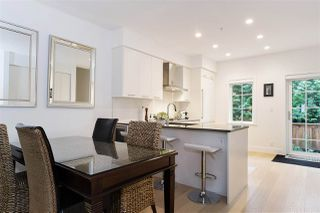 """Photo 4: 21 1133 RIDGEWOOD Drive in North Vancouver: Edgemont Townhouse for sale in """"Edgemont Walk"""" : MLS®# R2485146"""