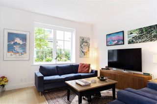 """Photo 5: 21 1133 RIDGEWOOD Drive in North Vancouver: Edgemont Townhouse for sale in """"Edgemont Walk"""" : MLS®# R2485146"""
