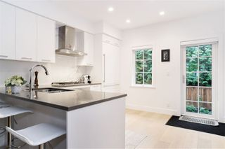 """Photo 7: 21 1133 RIDGEWOOD Drive in North Vancouver: Edgemont Townhouse for sale in """"Edgemont Walk"""" : MLS®# R2485146"""
