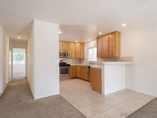 Photo 6: SAN DIEGO House for sale : 3 bedrooms : 4324 Huerfano Ave