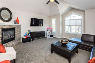 Photo 18: 1189 HAYS Drive in Edmonton: Zone 58 House for sale : MLS®# E4213069