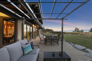 Photo 4: 280 Connemara Rd in : CV Comox Peninsula Single Family Detached for sale (Comox Valley)  : MLS®# 855804