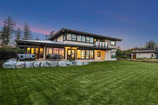 Photo 3: 280 Connemara Rd in : CV Comox Peninsula Single Family Detached for sale (Comox Valley)  : MLS®# 855804