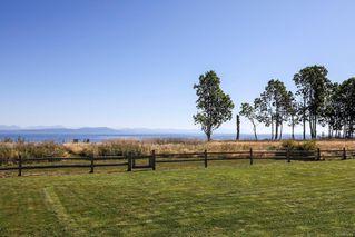 Photo 6: 280 Connemara Rd in : CV Comox Peninsula Single Family Detached for sale (Comox Valley)  : MLS®# 855804