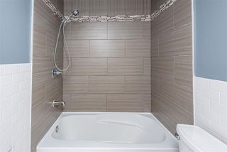 Photo 18: 3706 41 Avenue NW in Edmonton: Zone 29 House for sale : MLS®# E4208729