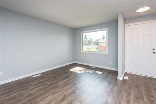 Photo 2: 3706 41 Avenue NW in Edmonton: Zone 29 House for sale : MLS®# E4208729