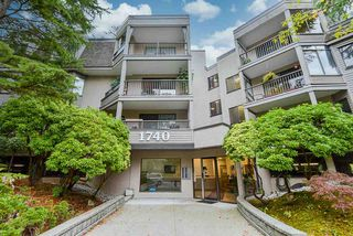 "Photo 2: 201 1740 SOUTHMERE Crescent in Surrey: Sunnyside Park Surrey Condo for sale in ""Capstan Way: Spinnaker II"" (South Surrey White Rock)  : MLS®# R2526550"