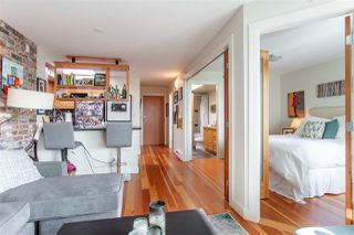 "Photo 3: 407 2515 ONTARIO Street in Vancouver: Mount Pleasant VW Condo for sale in ""ELEMENTS"" (Vancouver West)  : MLS®# R2528697"