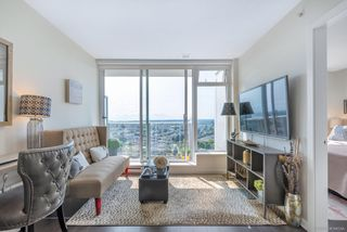 """Photo 10: 2701 5515 BOUNDARY Road in Vancouver: Collingwood VE Condo for sale in """"WALL CENTRE CENTRAL PARK NORTH"""" (Vancouver East)  : MLS®# R2388589"""