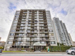 "Photo 1: 706 620 SEVENTH Avenue in New Westminster: Uptown NW Condo for sale in ""CHARTER HOUSE"" : MLS®# R2391698"