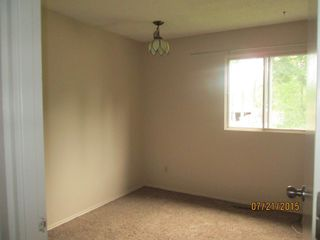 Photo 9: 23 Longview Crescent in St. Albert: House for rent