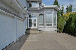 Photo 2: 2469 TEGLER Green in Edmonton: Zone 14 House for sale : MLS®# E4174274