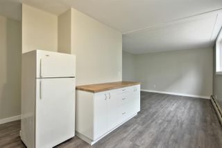 Photo 7: 2 10230 122 Street in Edmonton: Zone 12 Condo for sale : MLS®# E4174871