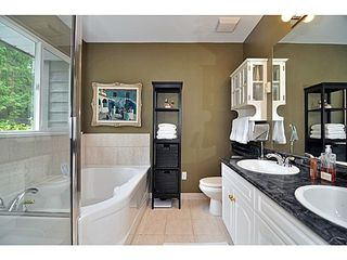 Photo 13: 6454 WELLINGTON Ave in West Vancouver: Home for sale : MLS®# V1024820