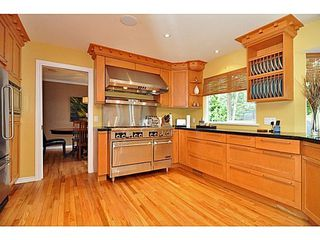 Photo 9: 6454 WELLINGTON Ave in West Vancouver: Home for sale : MLS®# V1024820