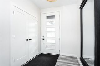 Photo 2: 35 Kendall Crescent in La Salle: RM of MacDonald Residential for sale (R08)  : MLS®# 202007596